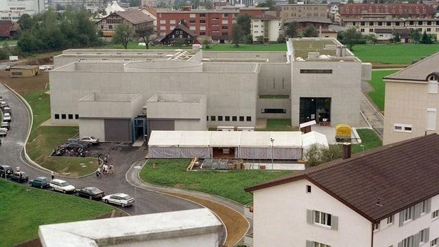 Das Gefängnis Grosshof von aussen.