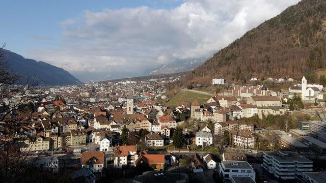 Stadt Chur mit Gebäuden des Bistums Chur.
