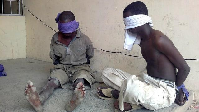 Zwei mutmassliche gefangene Boko Haram Mitgleideder