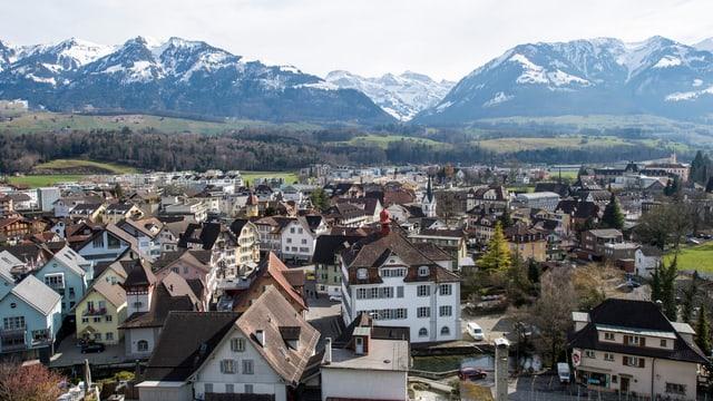 Ein Luftbild des Obwaldner Hauptorts Sarnen.