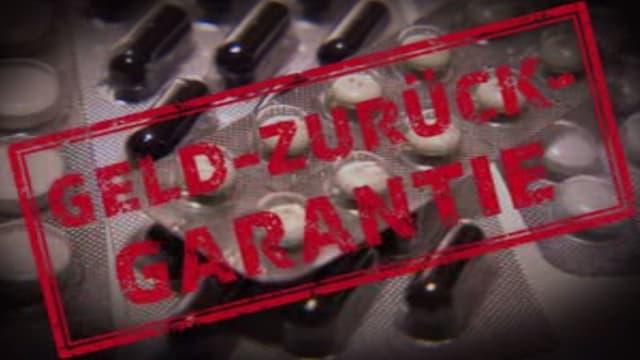 """Tabletten im Hintergrund und Vordergrund Stempel """"Geld-zurück-garantie"""""""
