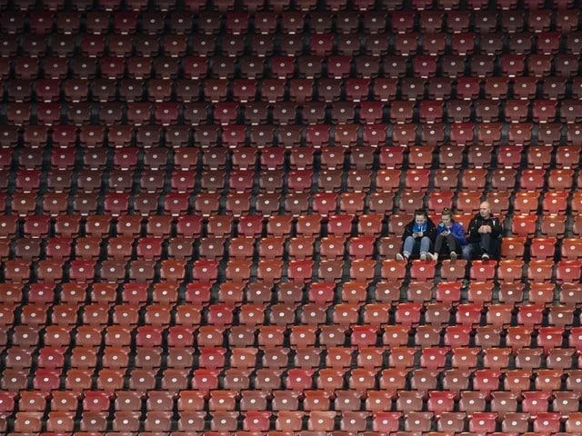 Einzelne Fans beim Spiel GC - Kriens am 14. Februar 2020.