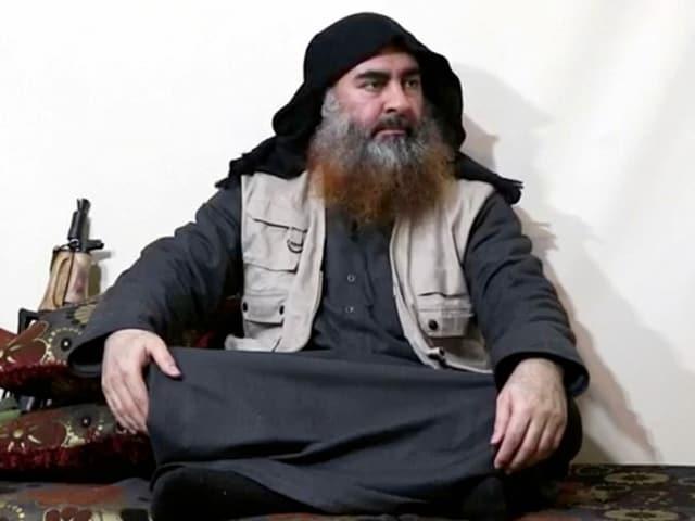 Auf diesem nicht verifizierten Bild soll IS-Führer Baghdadi im Apri dieses Jahres zu sehen sein.