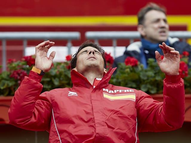 Rafael Nadal ärgert sich.