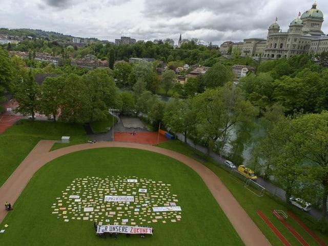 Zu sehen eine Klimaaktion in Bern.