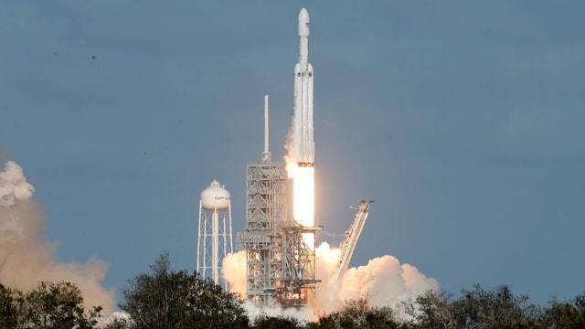Grossrakete «Falcon Heavy» beim Start.