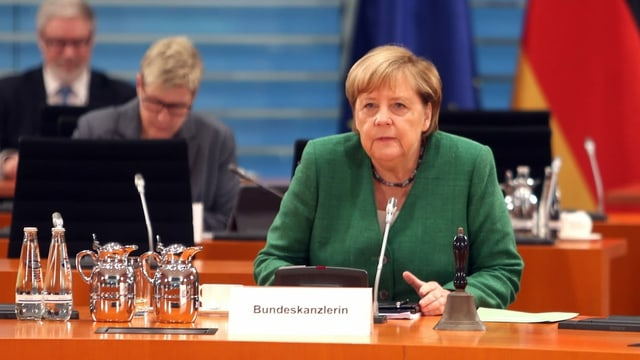 Angela Merkel an einer Konferenz