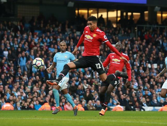 Chris Smalling von Manchester United trifft zum 3:2.