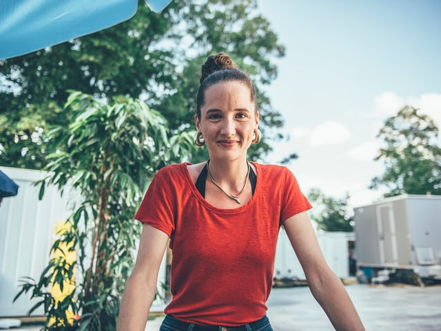 Eine gut aufgelegte Steff La Cheffe am Gurtenfestival 2018.