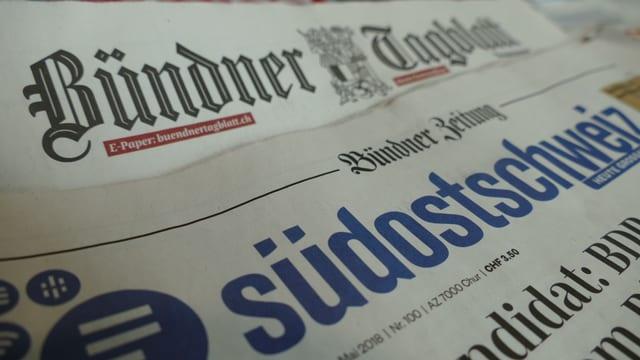 Zwei Zeitungsseiten