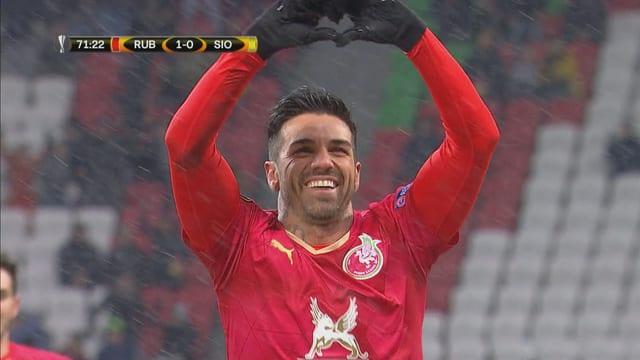 Georgiev feiert seinen Treffer zum 1:0.