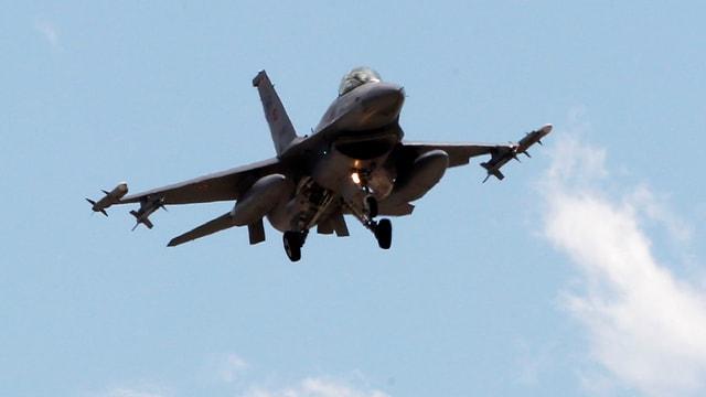Ein F-16-Jet der türkischen Luftwaffe. (reuters/archiv)