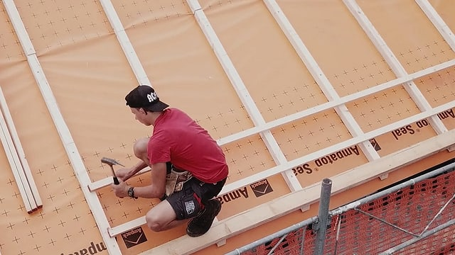 Video «Berufsbild: Dachdeckerpraktiker EBA» abspielen