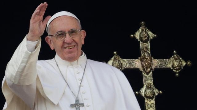 Papa Francestg durant la tradiziunala benedicziun da Nadal.