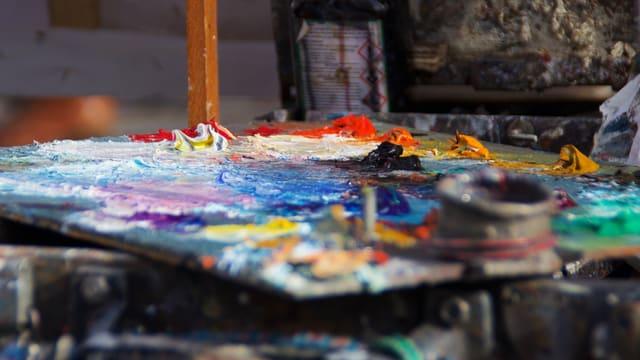 Farbe auf einer Palette