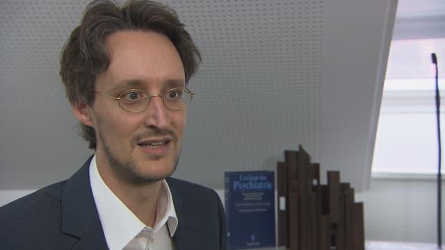 Entzug im Alter – Interview mit Dr. Mark Ebneter