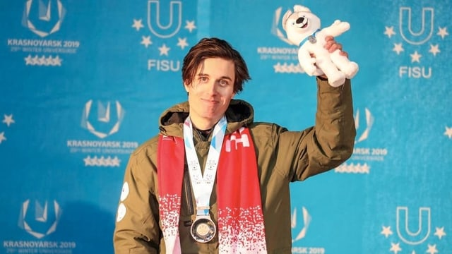 Livio Simonet ha gudagnà bronz en il slalom gigant.