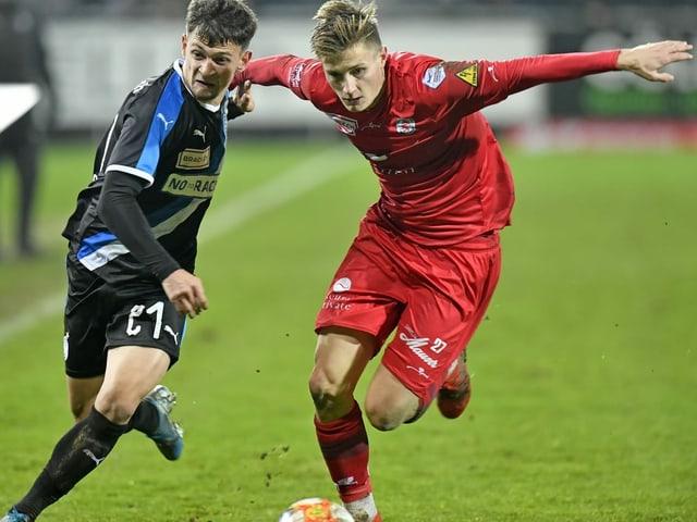 Tobias Schättin (r.) schliesst sich dem FCZ an.