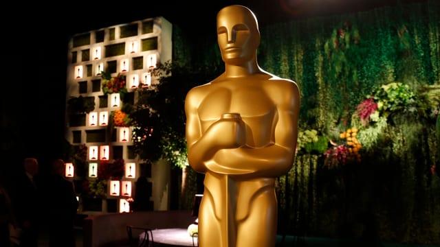 Goldmännchen: Wie die Oscar-Verleihung die Schweizer Promis vor den Bildschirm lockte.