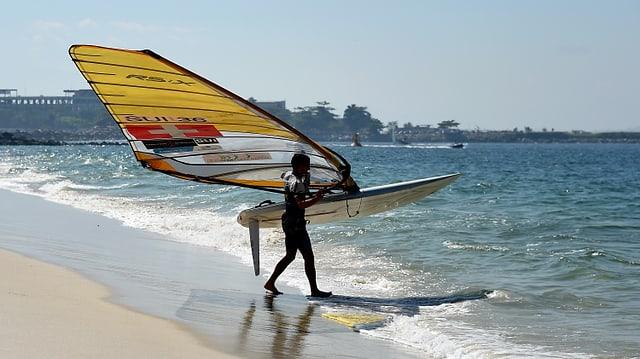 Mateo Sanz Lanz geht ins Meer