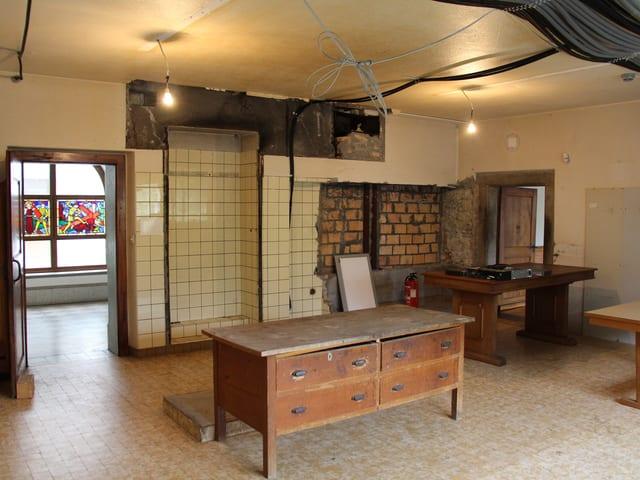 Eine alte Küche.