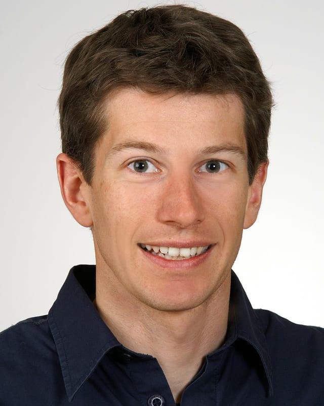 Portraitfoto von Dr. Jörg Franke