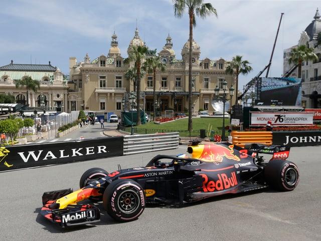 Daniel Ricciardo in seinem Formel-1-Boliden.