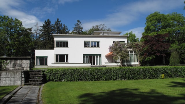 Rachmaninoff-Villa im Bauhausstil in Hertenstein in der Gemeinde Weggis LU.