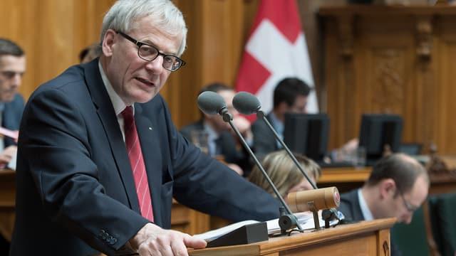 Kurt Fluri (FDP/SO) im Nationalrat, während der Debatte zum Bundesgesetz über Radio und Fernsehen am Mittwoch, 12. März 2014.