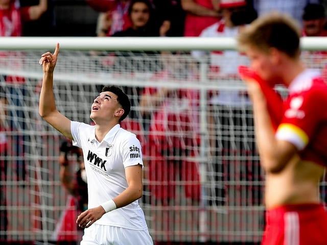 Ruben Vargas bringt den FC Augsburg gegen Union Berlin in Führung.