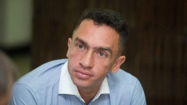 Der Politologe Alexander Kynew (44) steht der urbanen, liberalen Opposition nahe.
