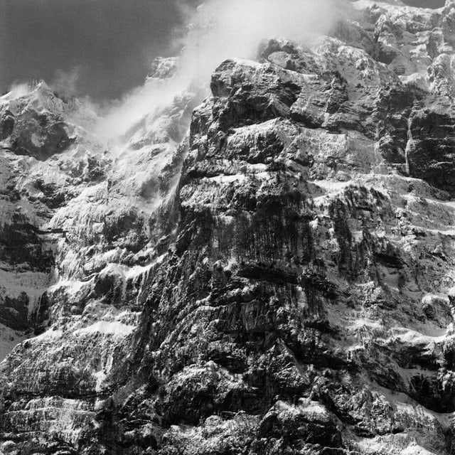 Fotografia ord la seria «Vertikale Ebenen».