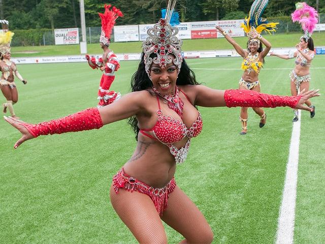 In den Pausen sorgte einebrasilianische Sambatruppe für die passende Unterhaltung.