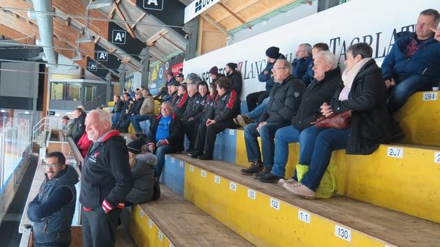 Publikum bei einem Eishockeyspiel