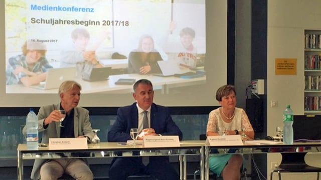 Die Spitze der Aargau Schule an der Medienkonferenz