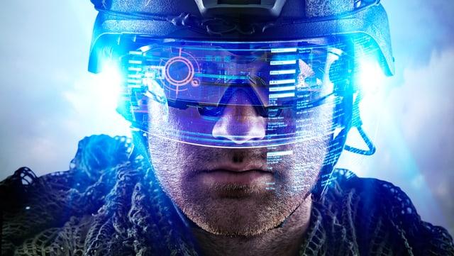 Ein futuristisch aussehender Soldat mit einer gläsernen Schutzbrille und Helm.