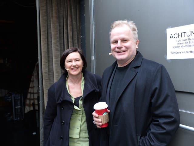 Herbert Grönemeyer Backstage mit «Persönlich»-Gastgeberin Katharina Kilchenmann.