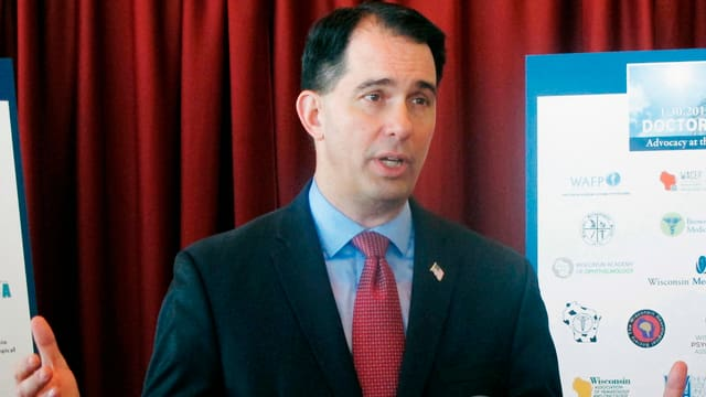 Scott Walker, Gouverneur von Wisconsin