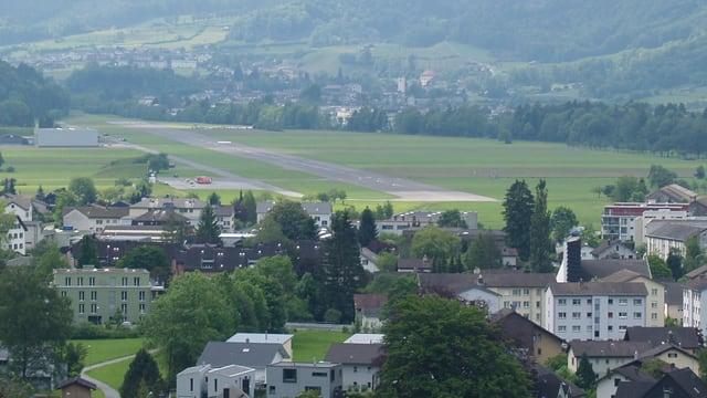 Der Flugplatz Mollis von oben.