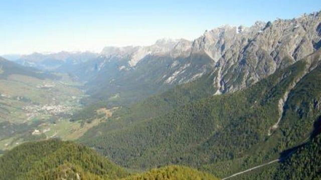 Il territorri da la vischnanca da Scuol cun Tarasp, Scuol e Sent.