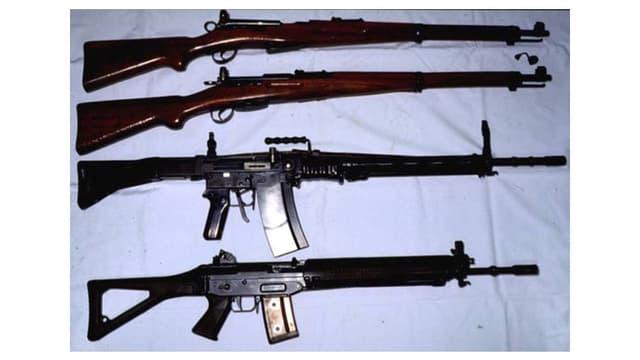 vier verschieden Gewehre