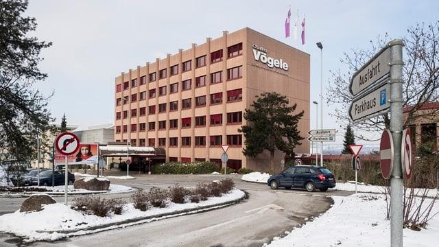 Hauptgebäude von Charles Vögele in Pfäffikon.