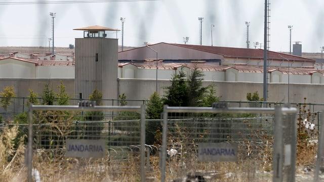 Türkisches Gefängnis von aussen.