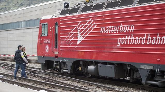 Locomotiva da la Matterhorn Gotthard Bahn.