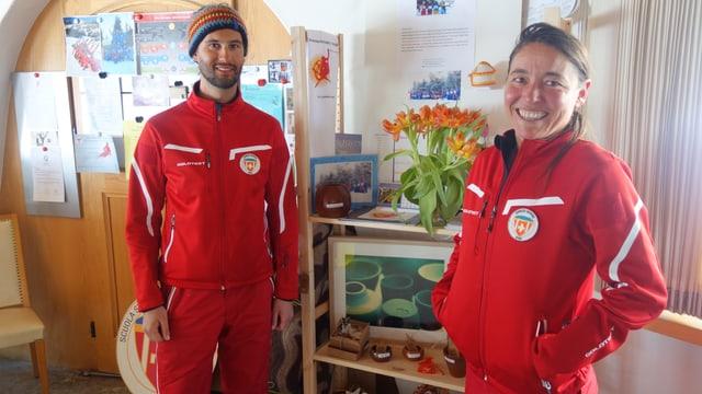 Gregor Vellacher ed Edda Hergarten da la scola da skis Beiva.