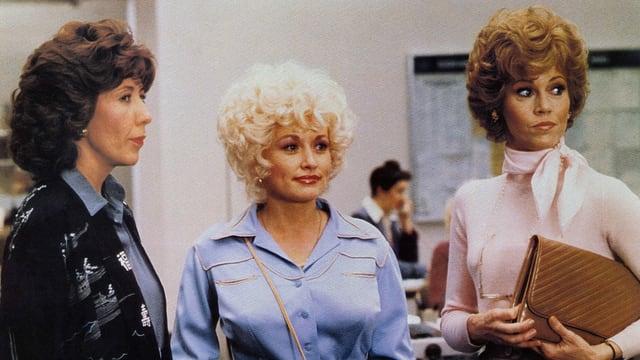 Drei Frauen in einem Büro in den 1980er Jahren
