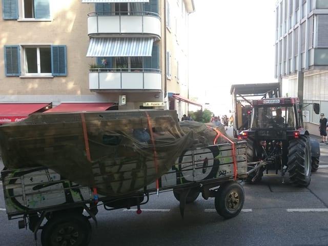 Traktor voll beladen