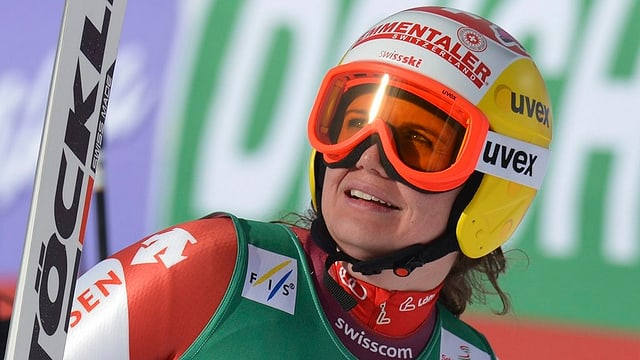Skirennfahrerin Nadja Kamer