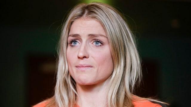 Therese Johaug mit nachdenklichem Gesichtsausdruck.