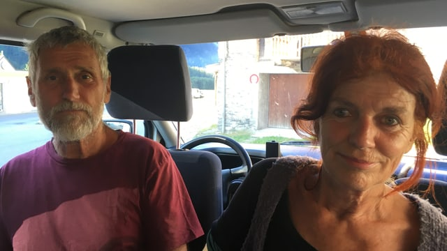 Lucrezia e Duri Bischoff en il bus da RTR.